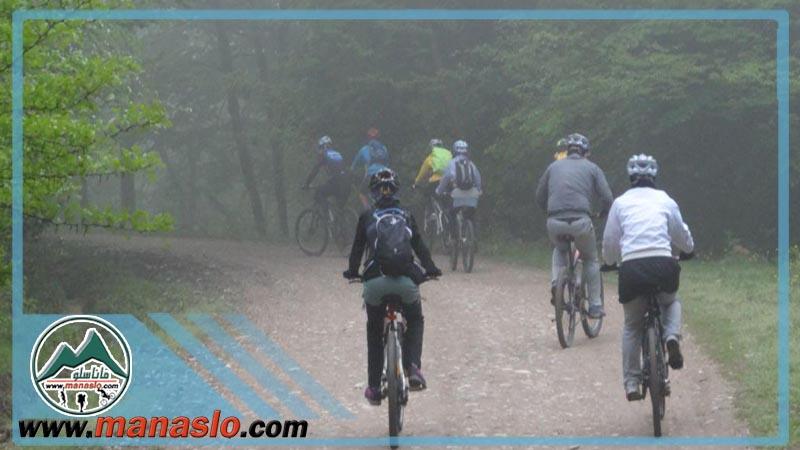 تور دوچرخه سواری آبشار پلنگ دره ماناسلو 10