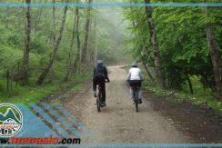 تور دوچرخه سواری آبشار پلنگ دره ماناسلو 15