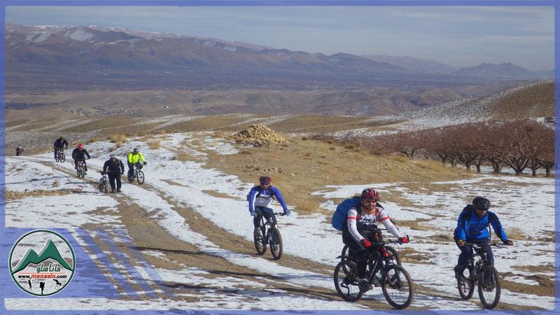 تور دوچرخه سواری برنهشت گروه گردشگری ماناسلو www.manaslo (5)