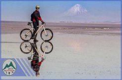 تور دوچرخه سواری دریاچه حوض سلطان
