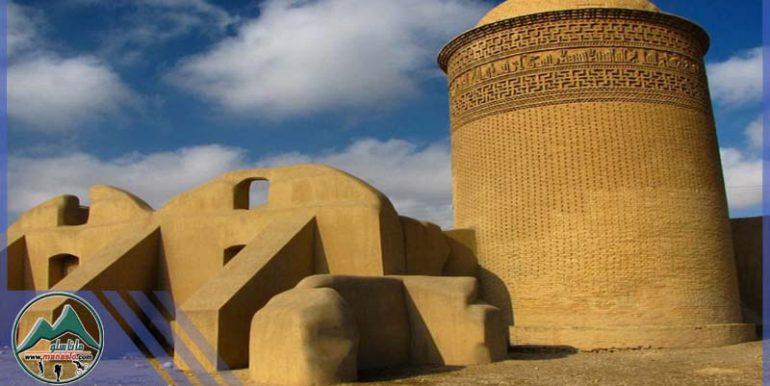 تور طبیعت گردی دامغان و دریاچه نمک حاج علی قلی گروه گردشگری ماناسلو (1)