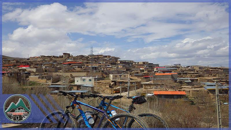تور دوچرخه سواری قلعه آبعلی خان چلسبان ساوه گروه گردشگری ماناسلو www.manaslo (1)