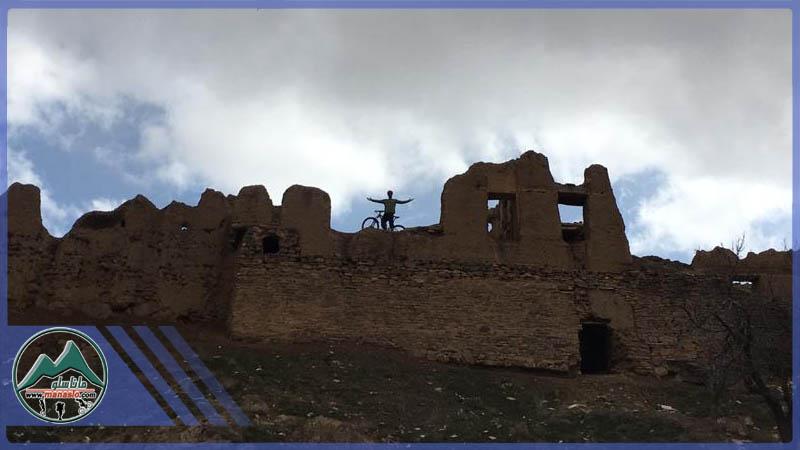 تور دوچرخه سواری قلعه آبعلی خان چلسبان ساوه گروه گردشگری ماناسلو www.manaslo (4)