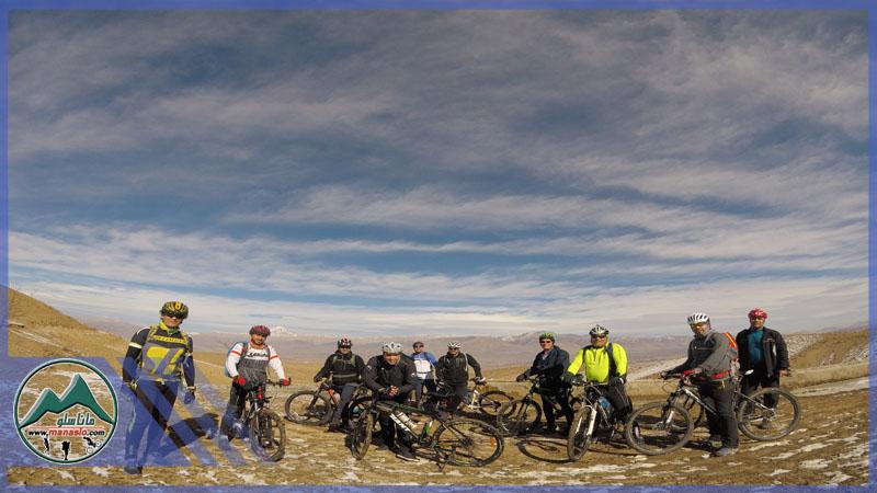 تور دوچرخه سواری برنهشت گروه گردشگری ماناسلو www.manaslo (3)